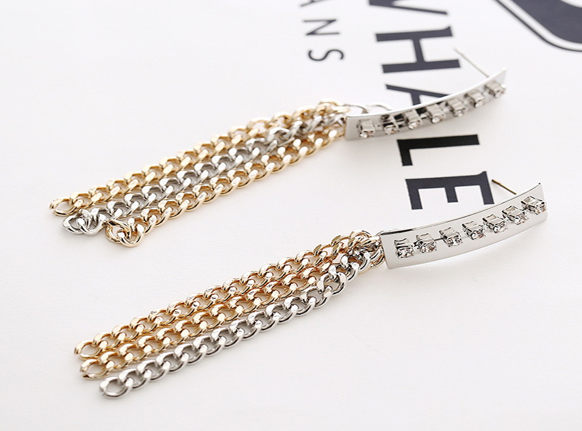 블랙피치Multi Chain Drop Earrings